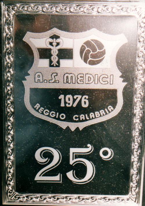 25°_2001